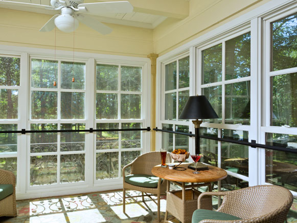 Gideon Putnam Refreshed Small Porch Suite